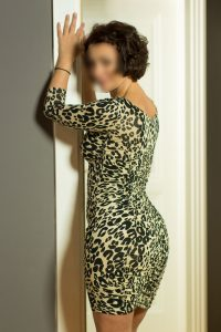 Travel Escorts Donna - Experienced Tantra Lady for sex date