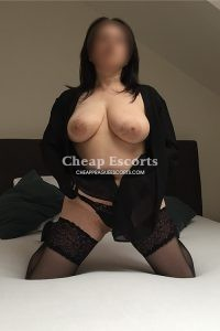 Busty Escorts Lina - BDSM experienced busty lady in Prague